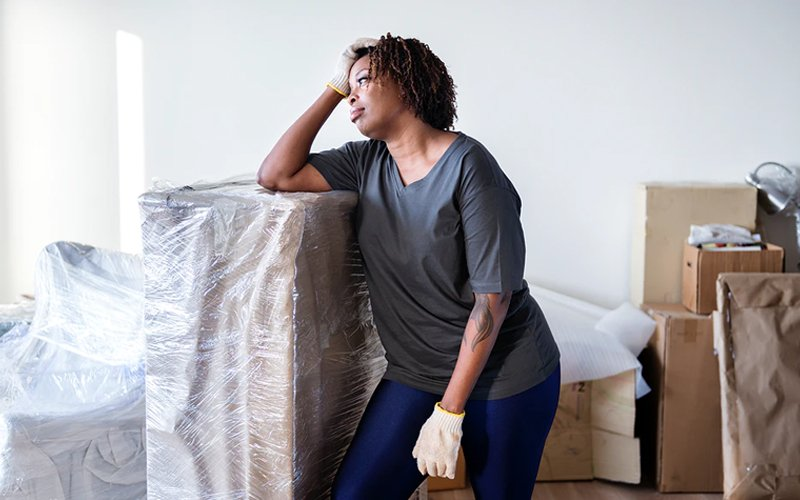 4 reasons why hiring professional movers is better