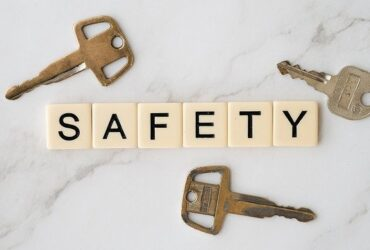 5 smart ways to ensure your safety at home