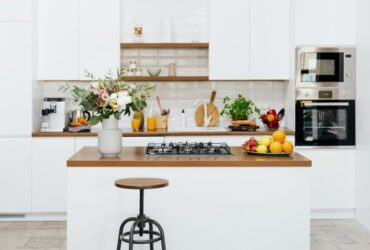 8 specialised kitchen features that maximise space