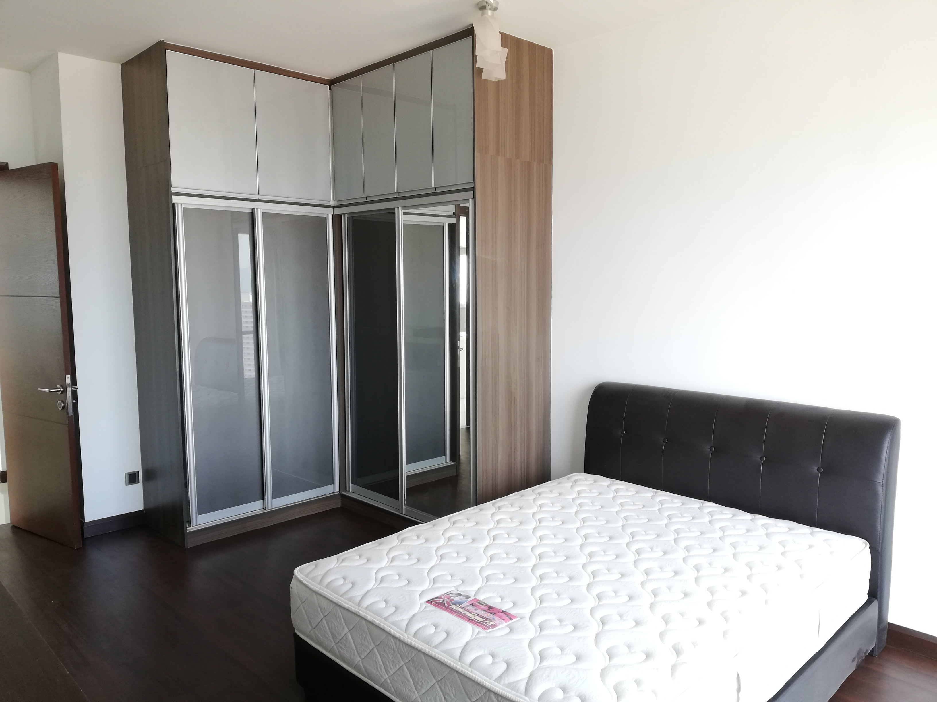 [RENT] THE NORTHSHORE GARDENS, Desa ParkCity /  1948 sq.ft / 3+1R 4b / Fully furnished – RM5,500