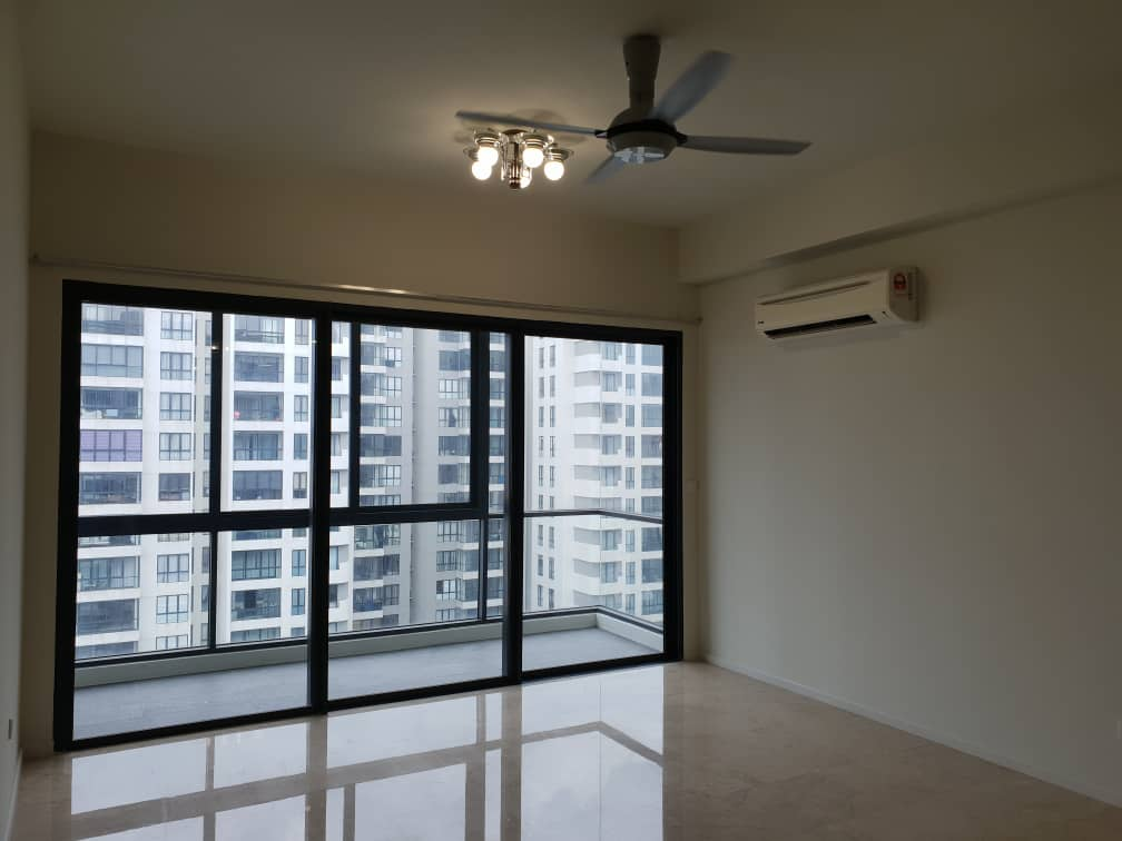 [RENT] CONCERTO @Mont Kiara / 1710 sq.ft / 3+1R 4B / Semi furnished – RM3,700