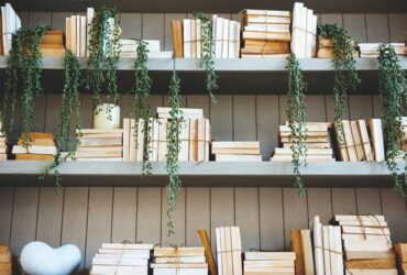 No clear rules when it comes to organising your books