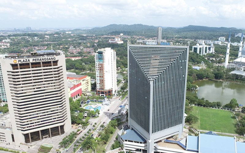 Shah Alam offers a well-balanced real estate market